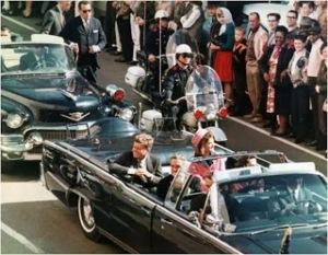 John F. Kennedy fue asesinado en la ciudad de Dallas en el Paralelo 33.